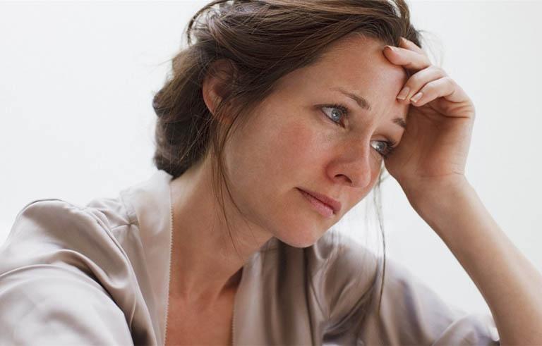 Phụ nữ độ tuổi mãn kinh có nguy cơ mắc bệnh gout cao hơn