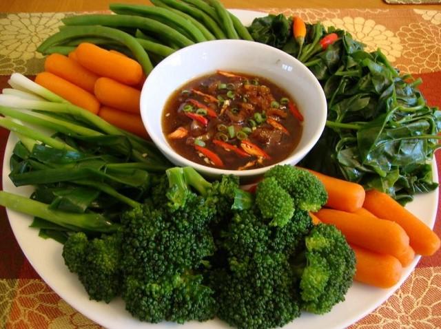 Ăn nhiều rau củ hơn trong bữa ăn giúp giảm cân hiệu quả