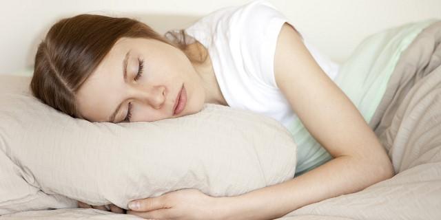 Ngủ đúng giờ là cách giảm cân đơn giản và hiệu quả cho những người lười