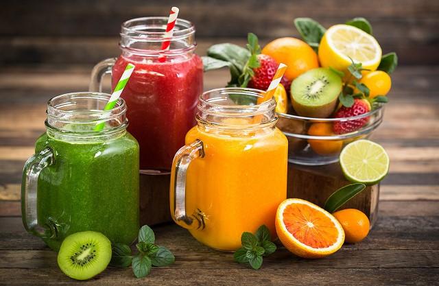 Nước ép trái cây cũng là một cách giảm cân sau sinh hiệu quả cho các mẹ bầu