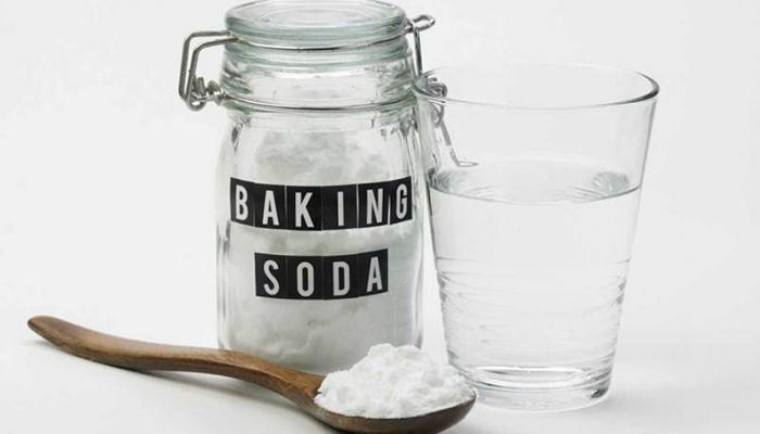mẹo làm trắng răng với baking soda