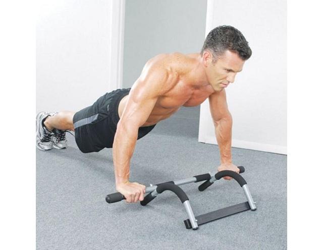 Bài tập chống đẩy giúp vai ngực của bạn nảy nở và săn chắc