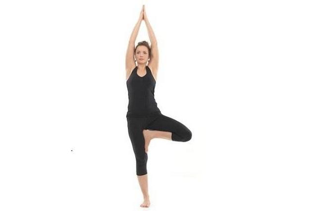 Bài tập yoga tư thế cái cây
