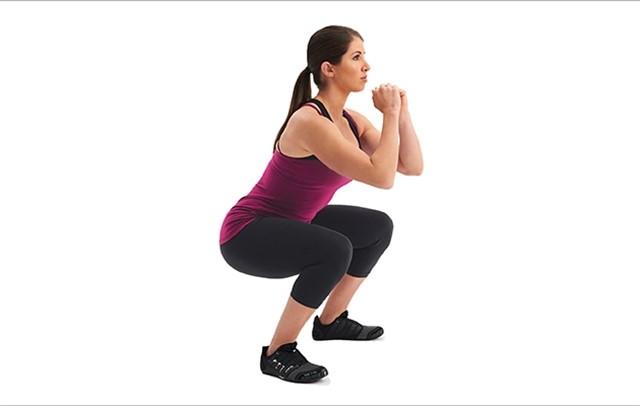 Squat vừa giúp tăng cân vừa đem lại vóc dáng cân đối