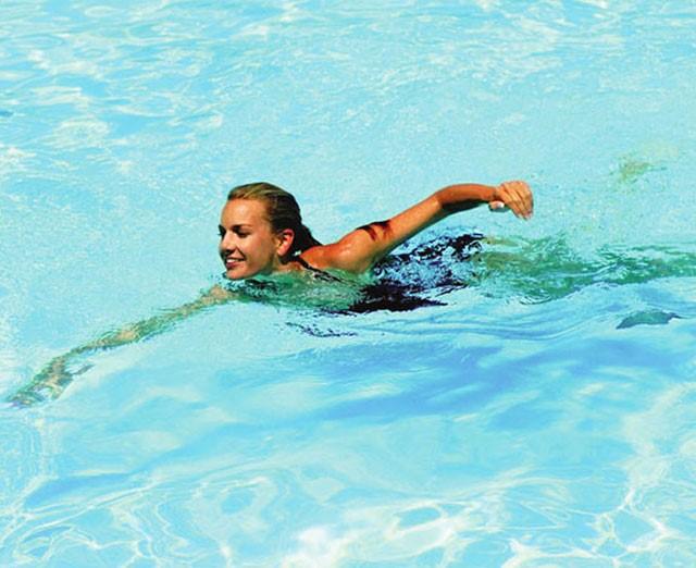 Lợi ích của bơi lội đối với sức khỏe cực kỳ tốt về mọi mặt
